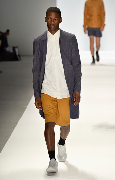 Bermuda Shorts「Richard Chai - Runway - Mercedes-Benz Fashion Week Spring 2014」:写真・画像(15)[壁紙.com]