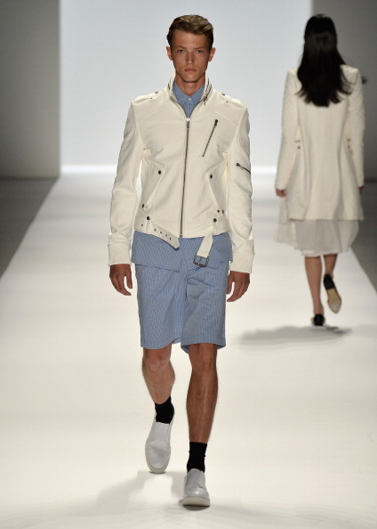 Bermuda Shorts「Richard Chai - Runway - Mercedes-Benz Fashion Week Spring 2014」:写真・画像(16)[壁紙.com]