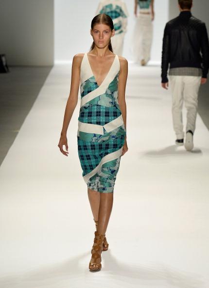 Focus On Foreground「Richard Chai - Runway - Mercedes-Benz Fashion Week Spring 2014」:写真・画像(8)[壁紙.com]