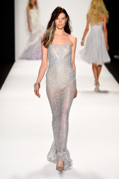 Strapless Evening Gown「Mercedes-Benz Fashion Week Spring 2015 - Official Coverage - Best Of Runway Day 6」:写真・画像(5)[壁紙.com]
