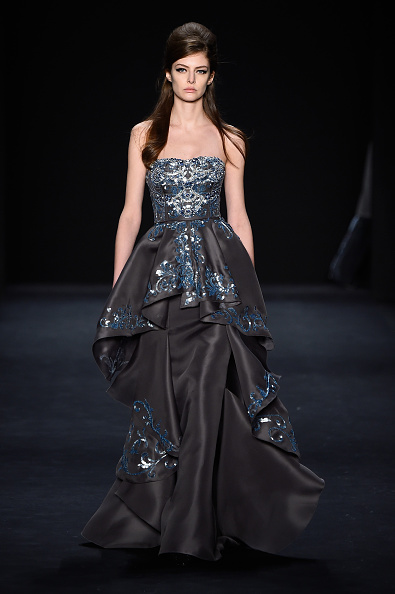 Long Hair「Badgley Mischka - Runway - Mercedes-Benz Fashion Week Fall 2015」:写真・画像(11)[壁紙.com]
