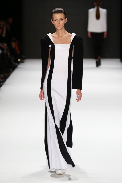 Focus On Foreground「Ayhan Yetgin - Runway - MBFWI S/S 2014 Presented By American Express」:写真・画像(1)[壁紙.com]