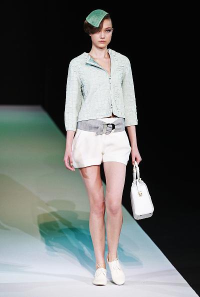 ブランド ジョルジオアルマーニ「Giorgio Armani - Runway - Milan Fashion Week Womenswear S/S 2013」:写真・画像(1)[壁紙.com]