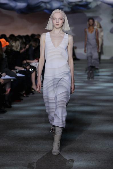 Bleached Hair「Marc Jacobs - Runway - Mercedes-Benz Fashion Week Fall 2014」:写真・画像(15)[壁紙.com]