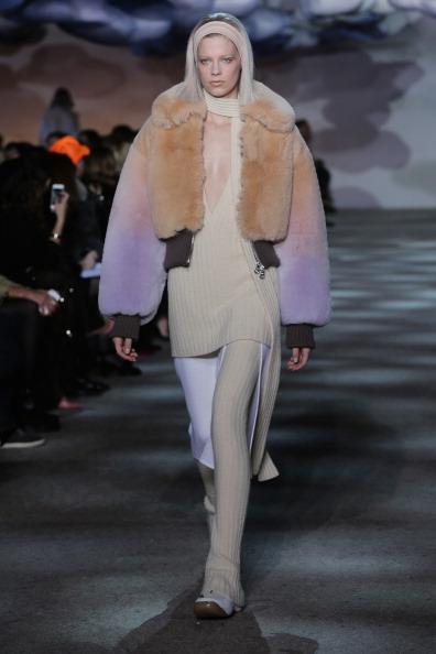 Bleached Hair「Marc Jacobs - Runway - Mercedes-Benz Fashion Week Fall 2014」:写真・画像(17)[壁紙.com]