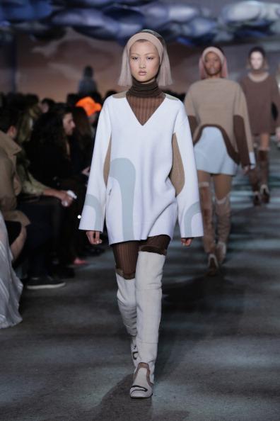 Bleached Hair「Marc Jacobs - Runway - Mercedes-Benz Fashion Week Fall 2014」:写真・画像(16)[壁紙.com]