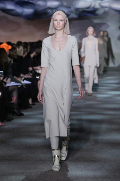Two Tone - Color「Marc Jacobs - Runway - Mercedes-Benz Fashion Week Fall 2014」:写真・画像(19)[壁紙.com]