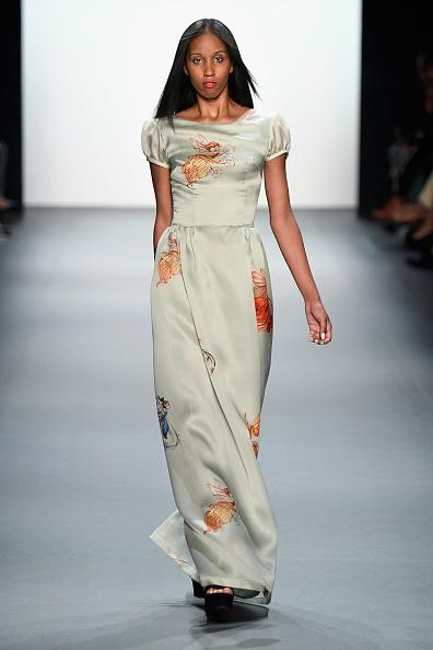 Cream Colored「Nancy Vuu - Runway - September 2016 - New York Fashion Week: The Shows」:写真・画像(17)[壁紙.com]
