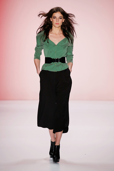 Black Pants「Anja Gockel Show - Mercedes-Benz Fashion Week Berlin Autumn/Winter 2015/16」:写真・画像(11)[壁紙.com]