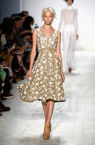 Focus On Foreground「Michael Kors - Runway - Mercedes-Benz Fashion Week Spring 2014」:写真・画像(19)[壁紙.com]