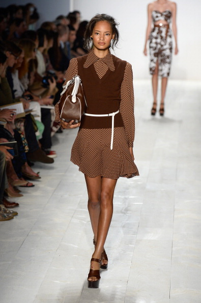 Focus On Foreground「Michael Kors - Runway - Mercedes-Benz Fashion Week Spring 2014」:写真・画像(18)[壁紙.com]