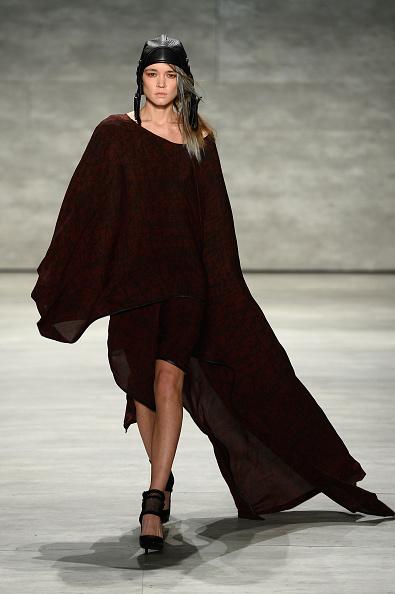 Skull Cap「Nicholas K - Runway - Mercedes-Benz Fashion Week Fall 2015」:写真・画像(3)[壁紙.com]