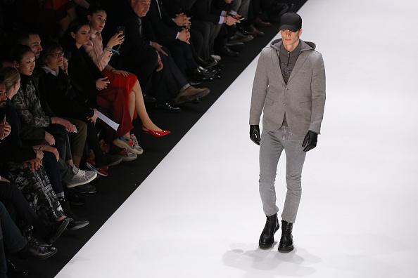 ランウェイ「Climber - Runway - Mercedes-Benz Fashion Week Istanbul - March 2019」:写真・画像(3)[壁紙.com]