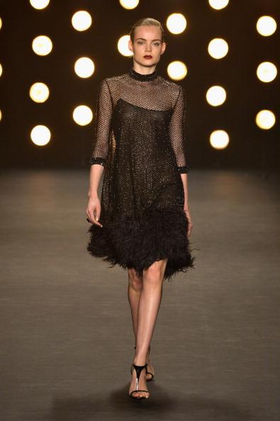 T-strap Shoe「Naeem Khan - Runway - Mercedes-Benz Fashion Week Fall 2014」:写真・画像(17)[壁紙.com]