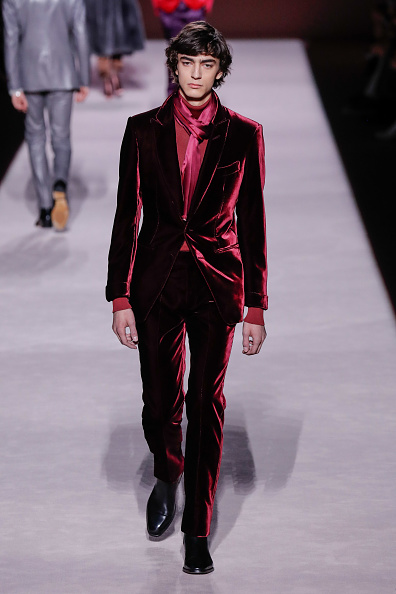 Maroon「Tom Ford FW 2019 - Runway - New York Fashion Week: The Shows」:写真・画像(13)[壁紙.com]