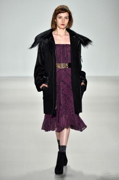 Suede「Nanette Lepore - Runway - Mercedes-Benz Fashion Week Fall 2014」:写真・画像(15)[壁紙.com]