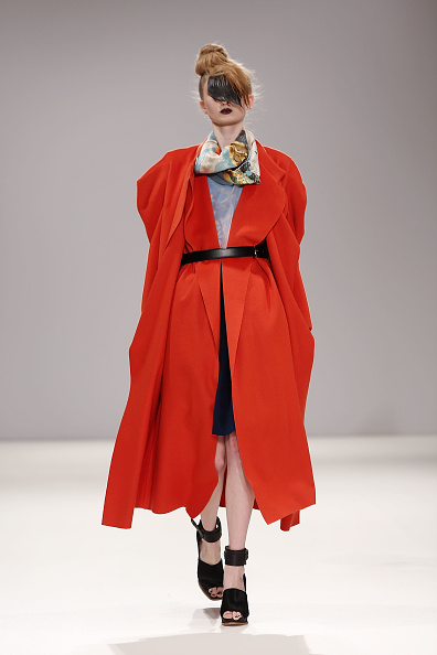 Orange Coat「Lulu Liu: Runway - London Fashion Week AW14」:写真・画像(1)[壁紙.com]