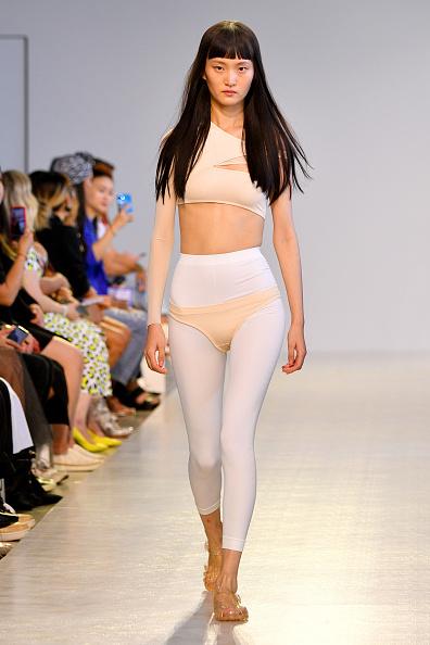 Sandal「TMall China Cool: Threegun - Runway - September 2019 - New York Fashion Week: The Shows」:写真・画像(13)[壁紙.com]
