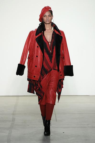 Beret「Nicholas K - Runway - February 2017 - New York Fashion Week: The Shows」:写真・画像(19)[壁紙.com]