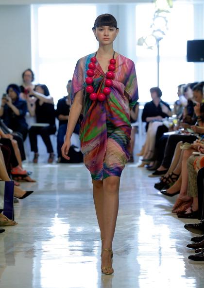 Necklace「Josie Natori - Runway - Mercedes-Benz Fashion Week Spring 2014」:写真・画像(5)[壁紙.com]