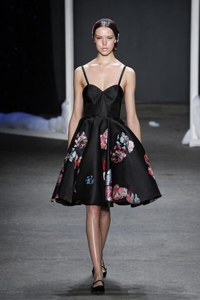 Floral Pattern「Honor - Runway - Mercedes-Benz Fashion Week Fall 2014」:写真・画像(14)[壁紙.com]