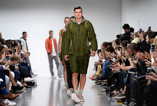 Christopher Raeburn: Runway -  London Collections: Men SS15:ニュース(壁紙.com)