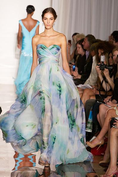 Spring Collection「Evening Sherri Hill - Runway - Spring 2012 Mercedes-Benz Fashion Week」:写真・画像(0)[壁紙.com]