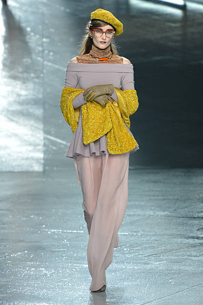 Rodarte - Runway - Mercedes-Benz Fashion Week Fall 2014:ニュース(壁紙.com)