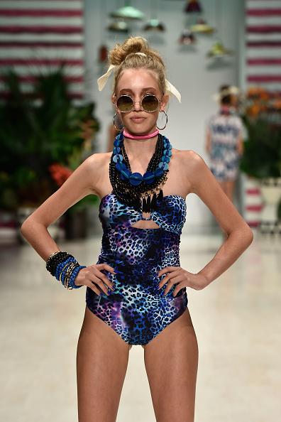 水着「Talulah - Runway - Mercedes-Benz Fashion Week Australia 2014」:写真・画像(0)[壁紙.com]