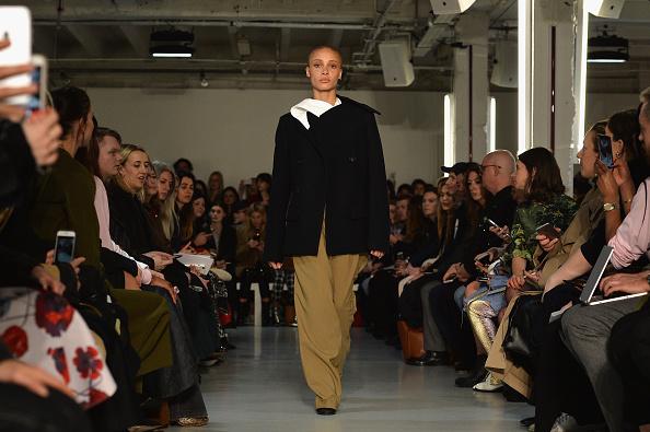 London Fashion Week「Joseph - Runway - LFW February 2017」:写真・画像(3)[壁紙.com]