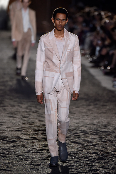 Milan Menswear Fashion Week「Ermenegildo Zegna - Runway - Milan Men's Fashion Week Spring/Summer 2020」:写真・画像(6)[壁紙.com]