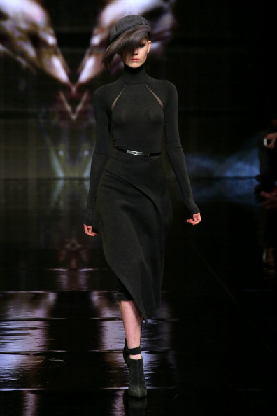 Fur Trim「Donna Karan New York 30th Anniversary - Runway - Mercedes-Benz Fashion Week Fall 2014」:写真・画像(1)[壁紙.com]
