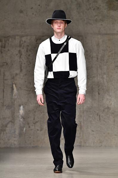 Dia Dipasupil「Carlos Campos - Runway - February 2018 - New York Fashion Week Mens'」:写真・画像(10)[壁紙.com]