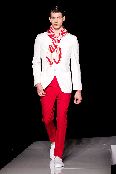 Red Pants「Joseph Abboud - Runway - Spring 2013 Mercedes-Benz Fashion Week」:写真・画像(1)[壁紙.com]
