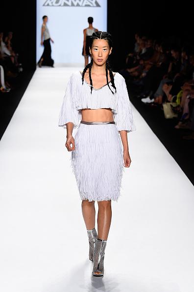 Three Quarter Length Sleeve「Project Runway - Runway - Mercedes-Benz Fashion Week Spring 2015」:写真・画像(11)[壁紙.com]