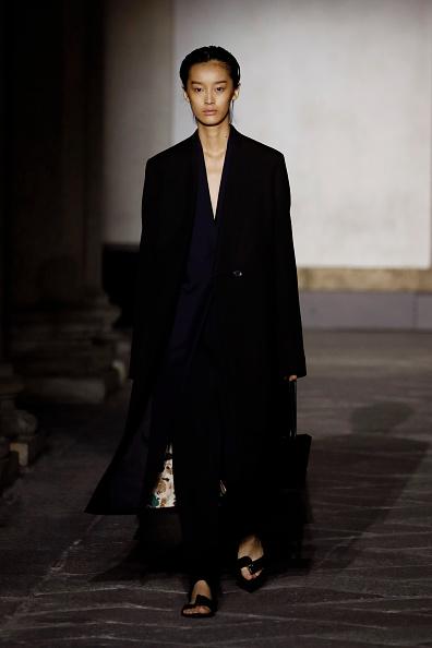 Black Coat「Jil Sander - Runway - Milan Fashion Week Spring/Summer 2020」:写真・画像(8)[壁紙.com]