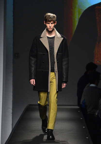 Black Coat「rag & bone Fall/Winter 2014 Menswear Collection - Runway」:写真・画像(5)[壁紙.com]