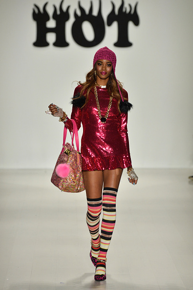 Hot Pink「Betsey Johnson - Runway - Mercedes-Benz Fashion Week Fall 2014」:写真・画像(12)[壁紙.com]