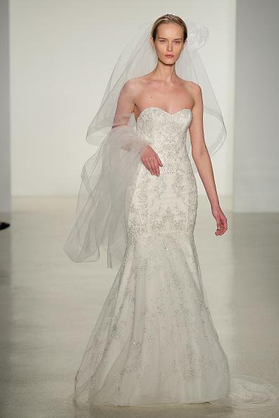 Wedding Dress「Fall 2014 Bridal Collection - Kenneth Pool - Show」:写真・画像(3)[壁紙.com]