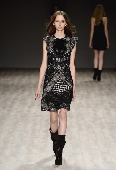 Frazer Harrison「Jill Stuart - Runway - Mercedes-Benz Fashion Week Fall 2014」:写真・画像(19)[壁紙.com]