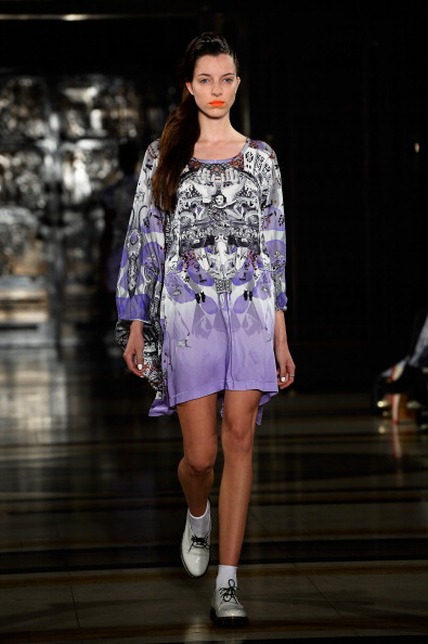 Focus On Foreground「Tabernacle Twins - Runway: London Fashion Week SS14」:写真・画像(19)[壁紙.com]
