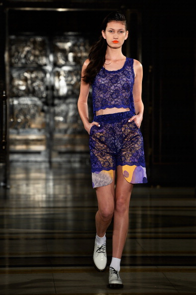 Selective Focus「Tabernacle Twins - Runway: London Fashion Week SS14」:写真・画像(16)[壁紙.com]