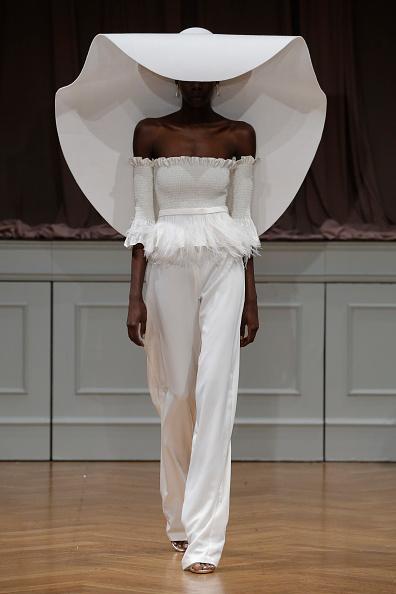 Bridal「Alon Livne White 2017 Bridal Collection Runway Show」:写真・画像(18)[壁紙.com]