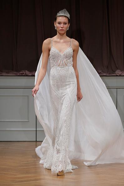 Bridal「Alon Livne White 2017 Bridal Collection Runway Show」:写真・画像(17)[壁紙.com]