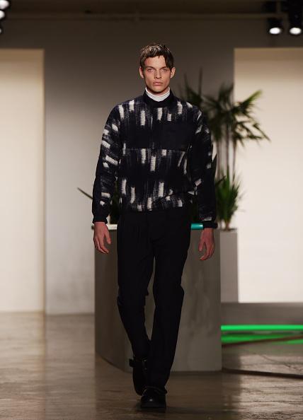 One Man Only「Patrik Ervell - Runway - MADE Fashion Week Fall 2015」:写真・画像(8)[壁紙.com]