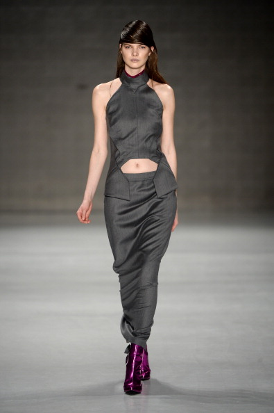 Ian Gavan「Ece Gozen: Runway - MBFWI Presented By American Express Fall/Winter 2014」:写真・画像(1)[壁紙.com]
