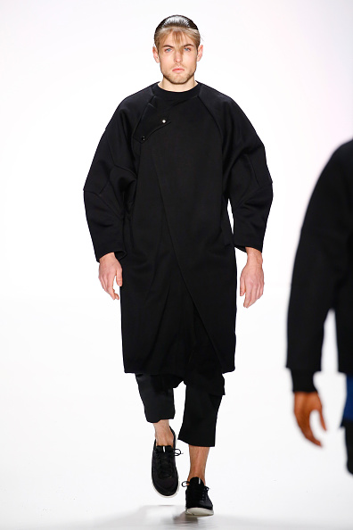 Black Coat「Odeur Show - Mercedes-Benz Fashion Week Berlin Autumn/Winter 2016」:写真・画像(15)[壁紙.com]