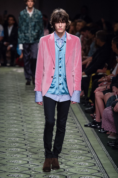 London Fashion Week「Burberry - Runway - LFW September 2016」:写真・画像(0)[壁紙.com]