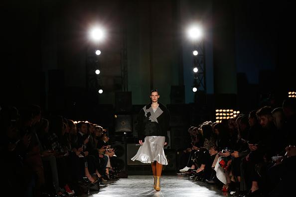 Tristan Fewings「Jonathan Saunders: Runway - London Fashion Week AW14」:写真・画像(13)[壁紙.com]