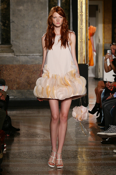 Scalloped - Pattern「Mila Schon - Runway - Milan Fashion Week Womenswear Spring/Summer 2014」:写真・画像(14)[壁紙.com]